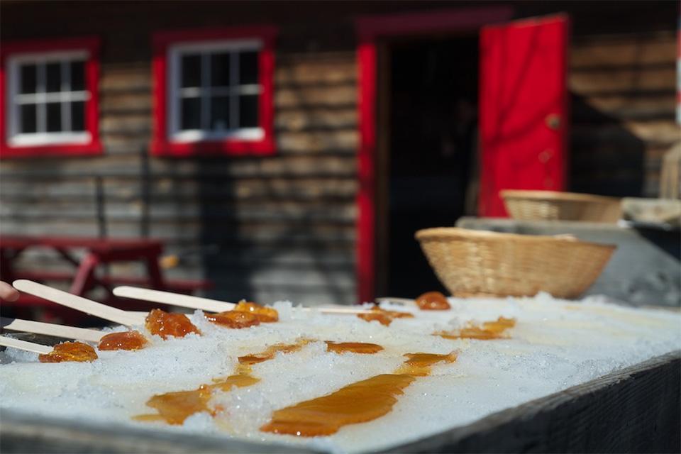 la cabane à sucre : la tire d'érable
